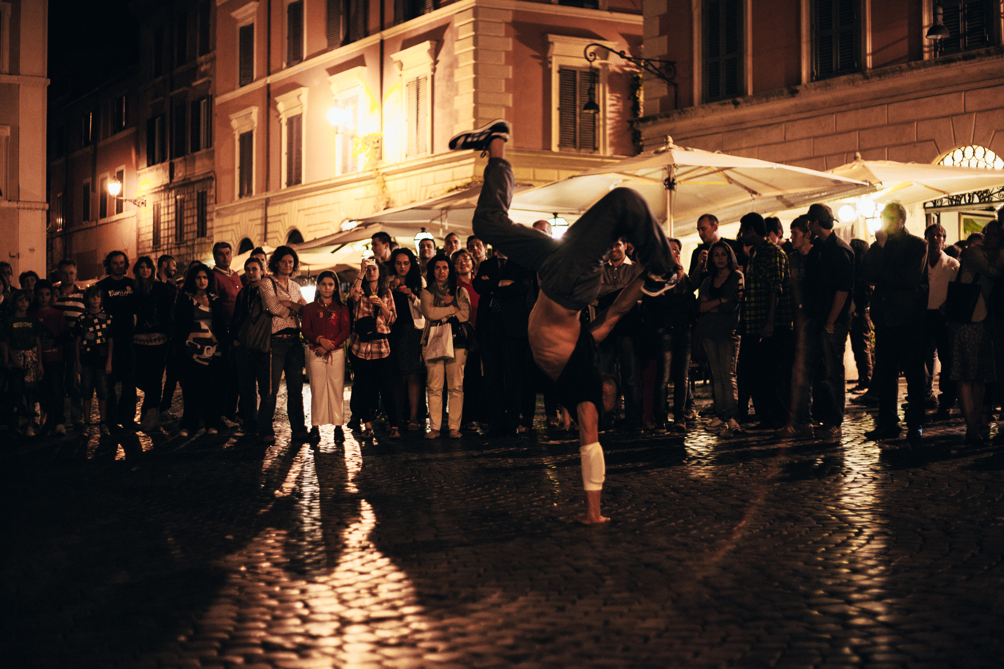 street performers, piazza santa maria in trastavere. by leonie wise