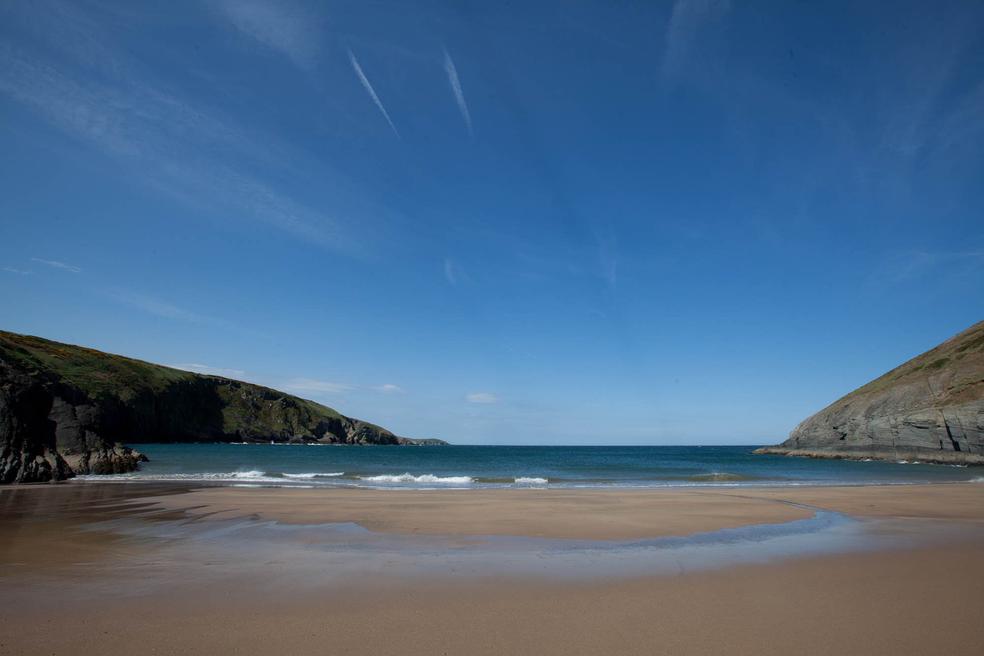 Mwnt Beach. West Wales. By Leonie Wise