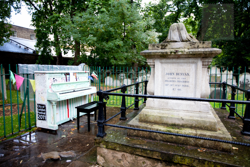 john bunyan, bunhill cemetery, city road, london