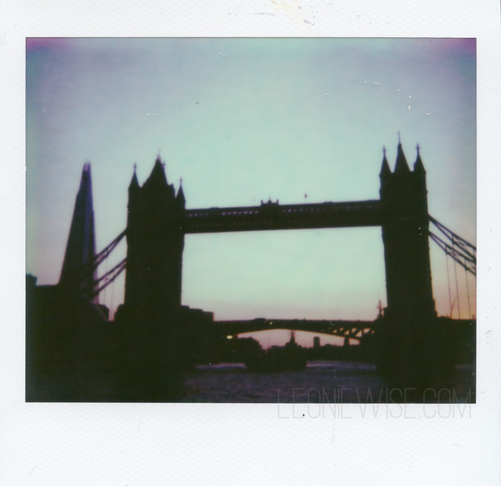spectra_pz680_towerbridge
