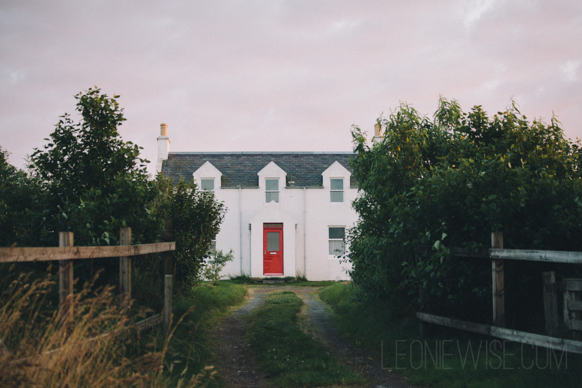 White House Red Door Leonie Wise