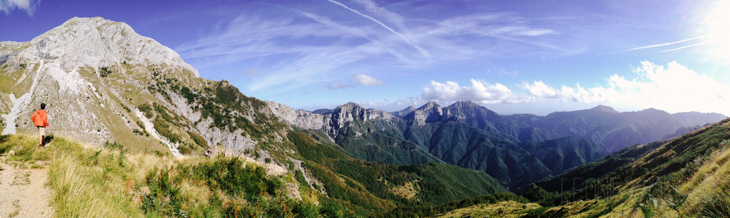 LeonieWise_WalkLikeAnItalian_AlpiApuane-8