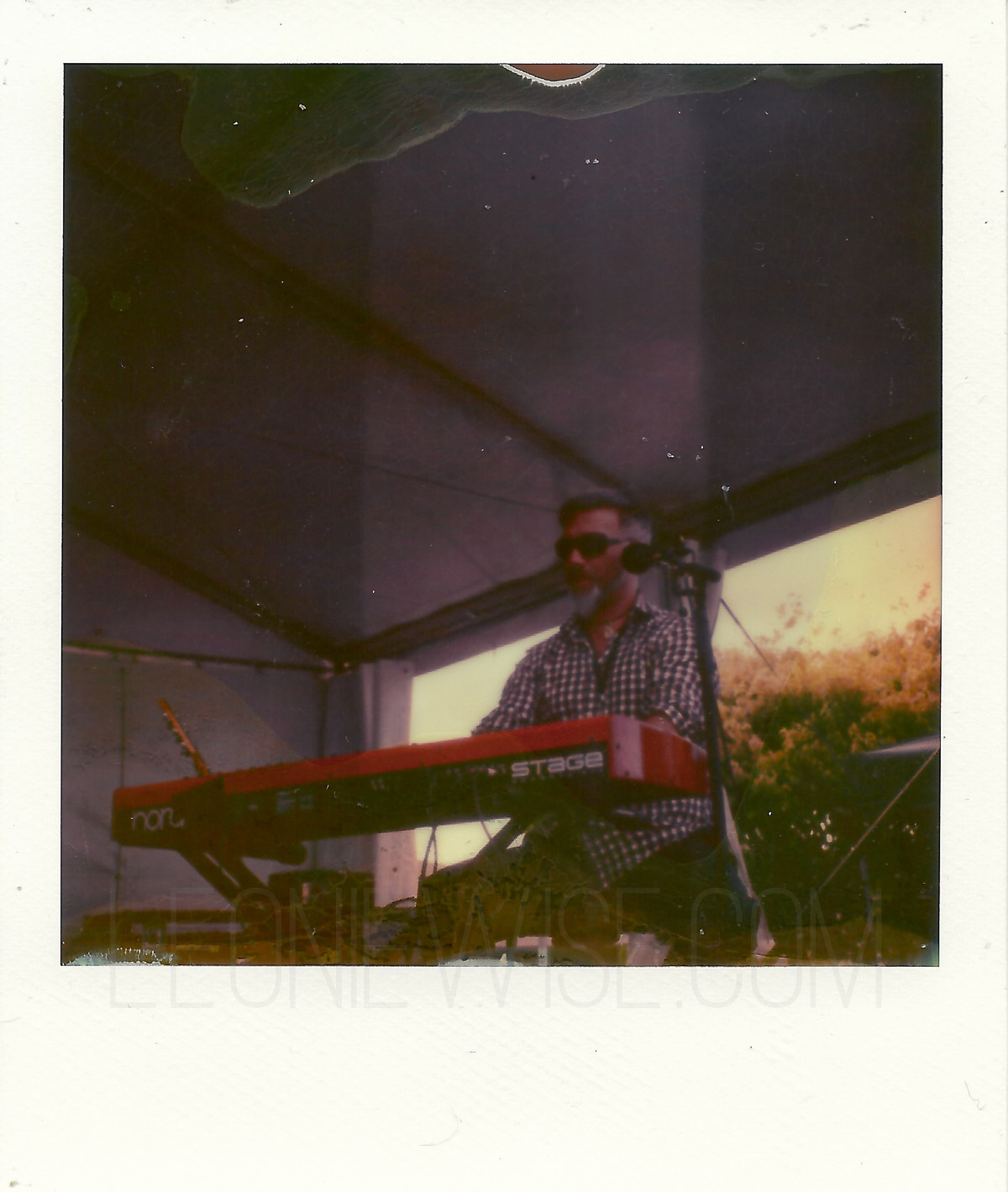 MusicAtMatua_Polaroid-SX70_Impossible-PX70_leoniewise-2