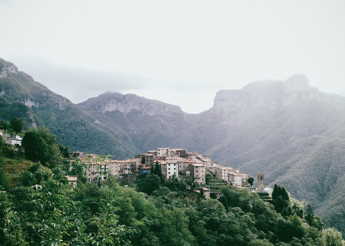 pruno village, apuan alps, italy
